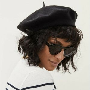 100% wool black beret hat Parkhurst made in Canada